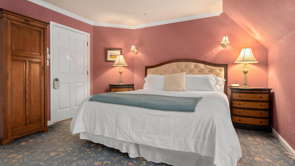 Our Napa bed and breakfast makes for a perfect romantic getaway
